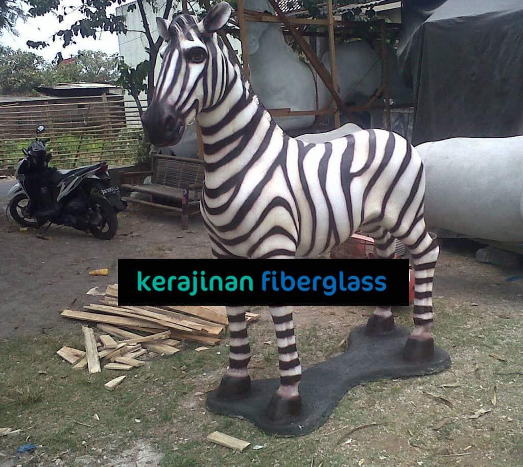 jual patung fiber zebra kebun binatang taman wisata
