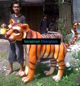 pembuat patung fiber harimau - jasa pembuat patung