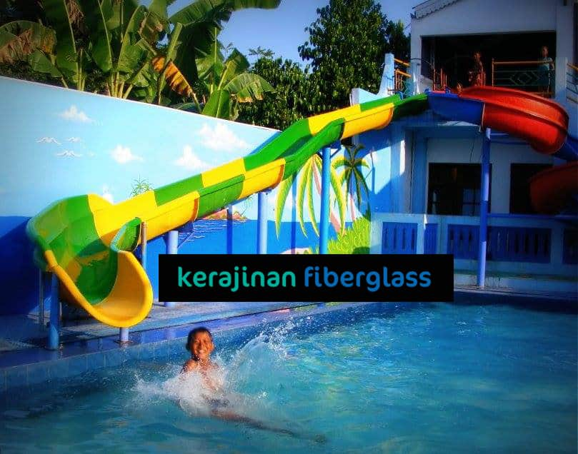 Perosotan Kolam Renang Air Waterboom Spiral